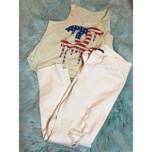 Chanel//American Eagle white distressed Crop jeans